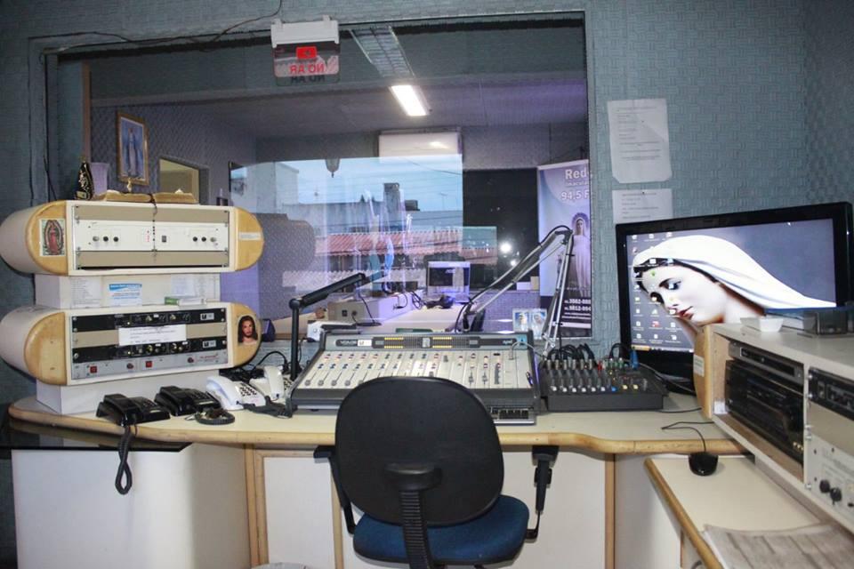 sala de operação de áudio 2